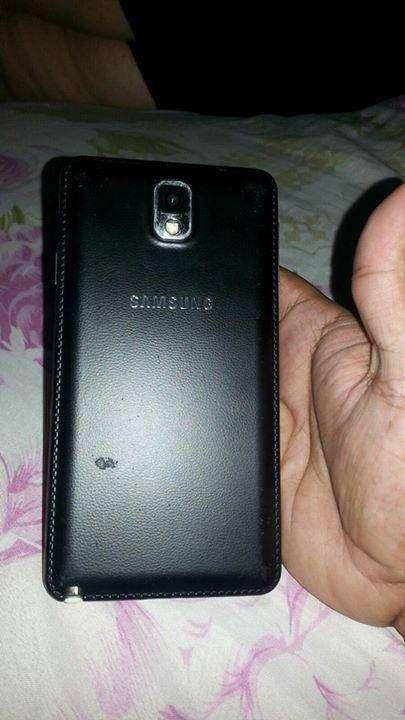 Samsung Galaxy Note 3 con una fisura
